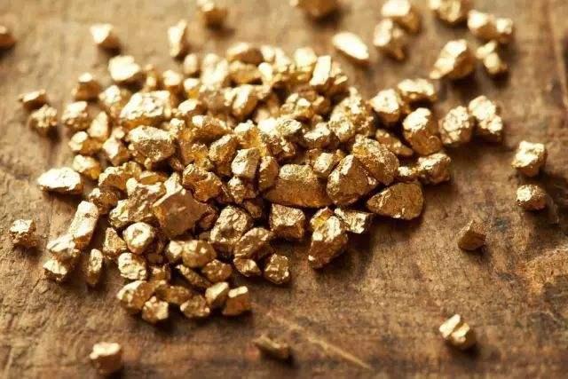 AvaTrade爱华外汇:美元继续维持弱势整理,黄金有所反弹