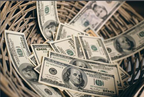 AvaTrade爱华外汇时事快讯:美元因华盛顿救援会谈上涨,黄金涨势不减